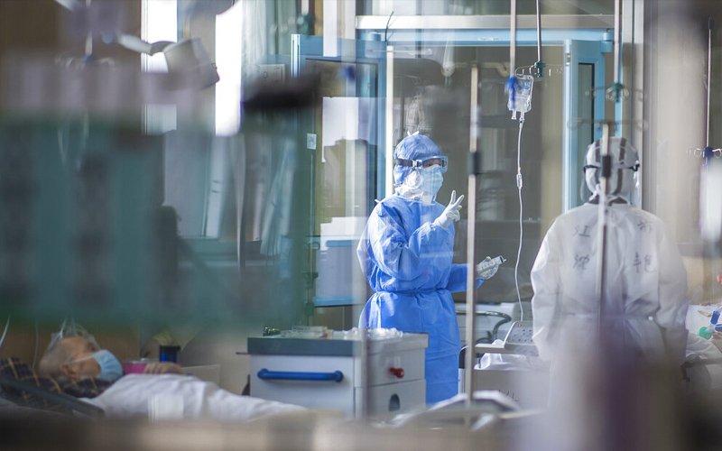 China-Outbreak-Nurses-AP-260220.jpg