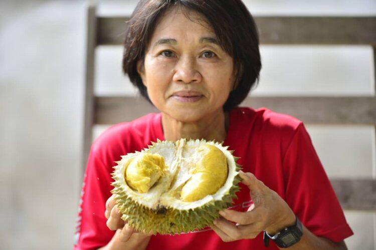 pjg-durian-hijua-kayangan-750x499.jpg