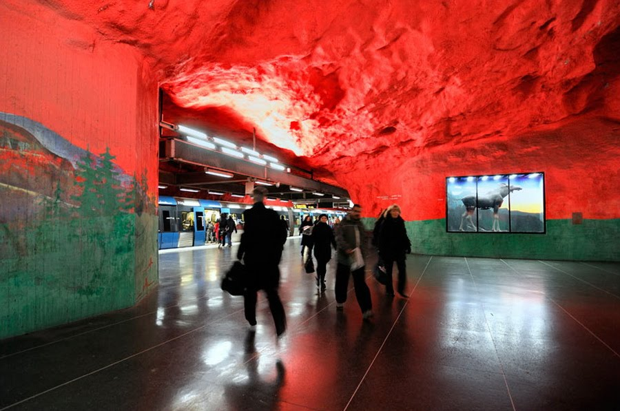 Click image for larger version  Name:	stockholm-subway-art-07.jpeg Views:	10 Size:	109.6 KB ID:	60923